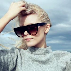 Accessories - Oversized Square Vintage Sunglasses